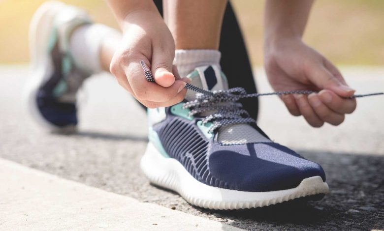 راهنمای خرید ۲۰ نمونه کفش پیاده روی مردانه سبک و بادوام+ قیمت روز