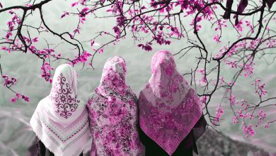 تصویر راهنمای خرید روسری زیبا و جذاب با قواره مناسب + قیمت روز