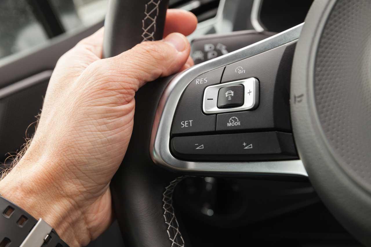 راهنمای خرید کروز کنترل خودروهای داخلی و خارجی+ قیمت روز