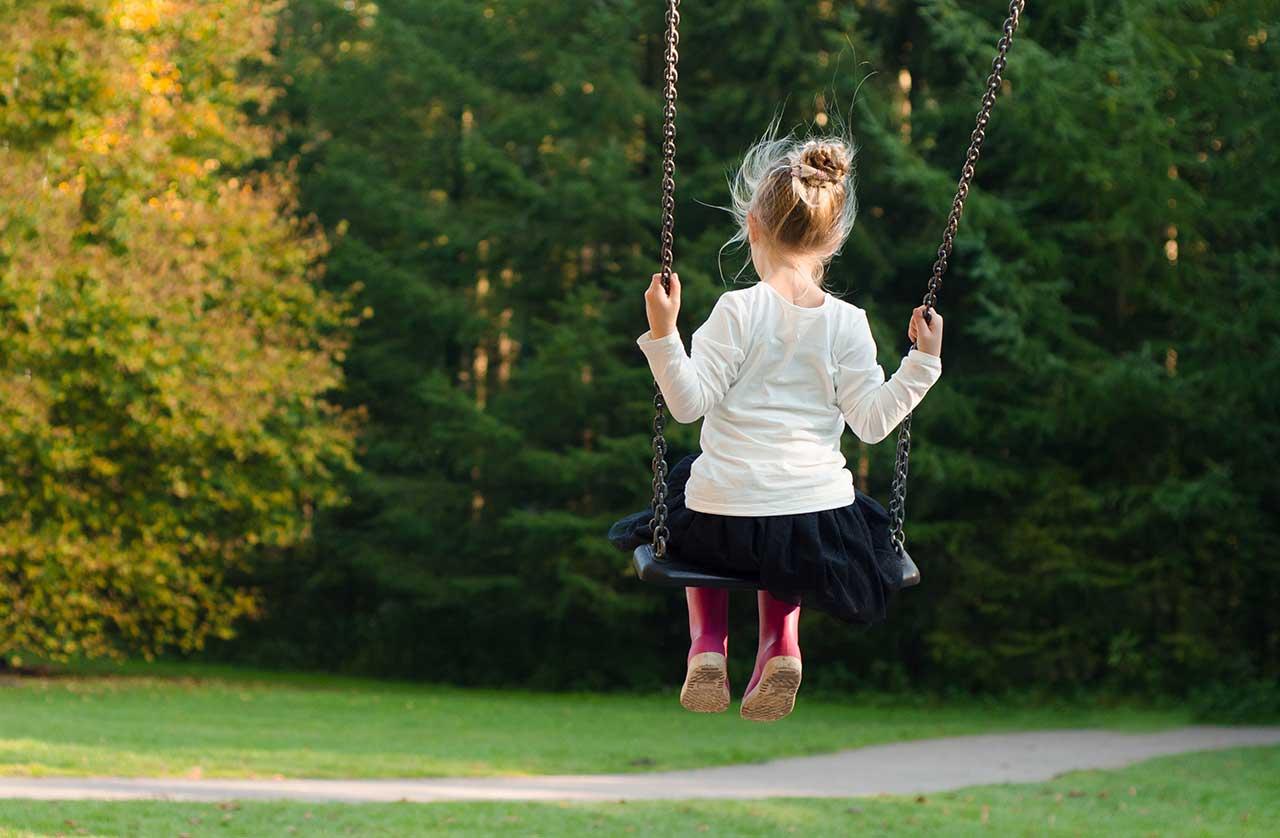 معرفی 23 نمونه از برترین مدلهای تاب کودک+ قیمت روز و خرید