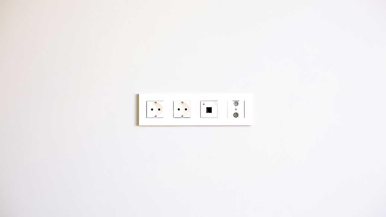 بهترین راهنما برای خرید انواع کلید و پریز برق ارزان و باکیفیت+ قیمت روز