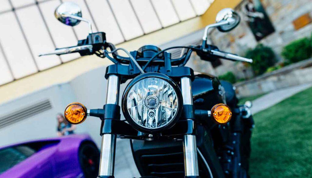چراغ موتور سیکلت (راهنمای خرید و استفاده)