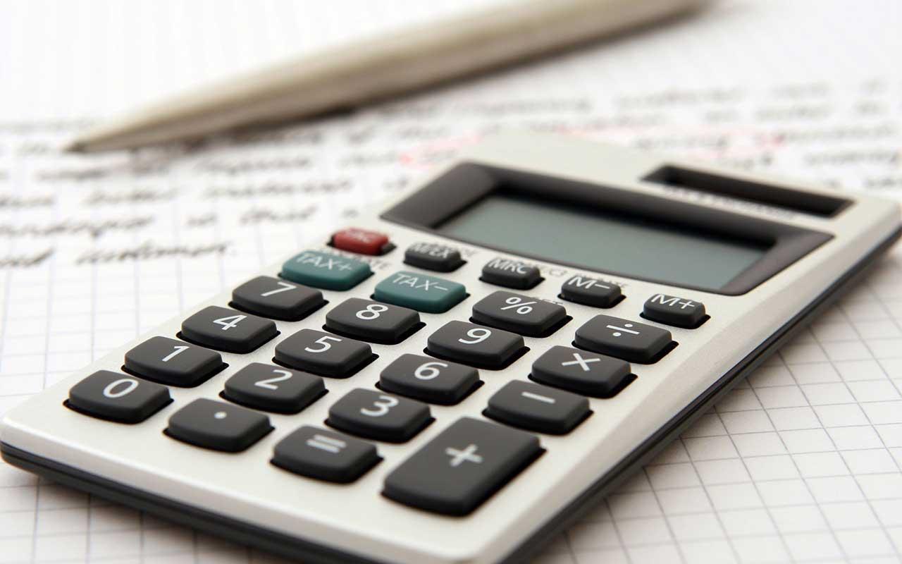 راهنمای خرید انواع ماشین حساب ساده، مهندسی و حسابداری ارزان