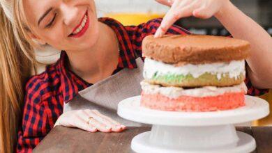 راهنمای خرید انواع صفحه گردان کیک و شیرینی ارزان